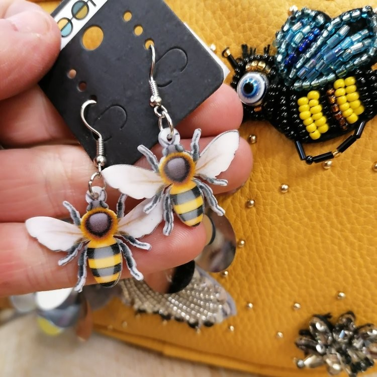 Arent these great! Cant imagine theyll stick around long so bee quick if you want some!