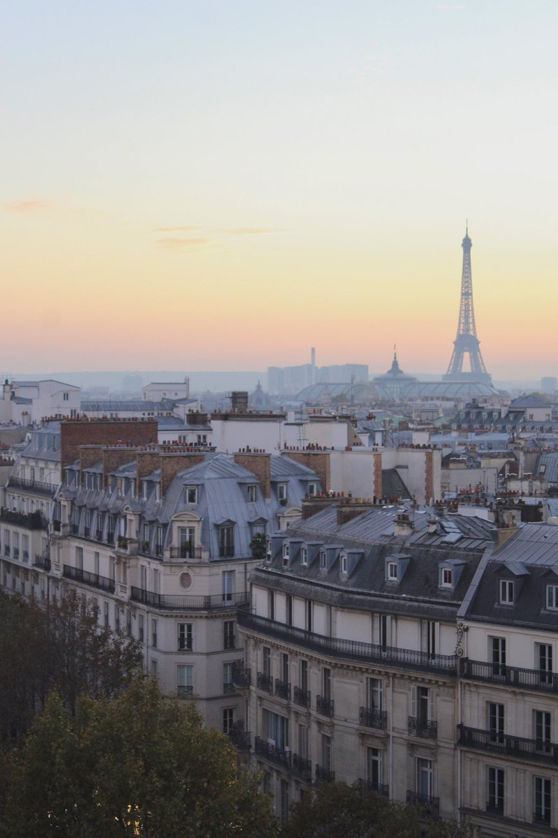— New @decouvrirlavie article! —   Top 7 places to see sunset in Paris   Read here: https://decouvrirlavie.com/2020/02/08/the-7-best-places-to-see-sunset-in-paris-2020/…pic.twitter.com/Jkhy52hEqK