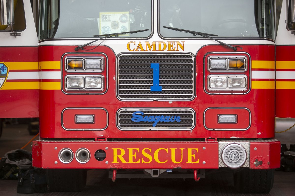 Fear of firefighter layoffs sparks urgent community conversation in Camden dlvr.it/RPdjpr