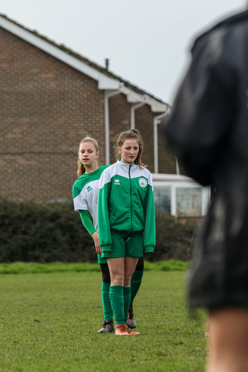 Editing in progress.................................... . . #footballphotography #doingwhatilove #semifinal #youthfootball #thesegirlscan #sportsphotography #clubphotographer #U15Greens  @ChiCityLadiesFC pic.twitter.com/9Ow35Su2tf