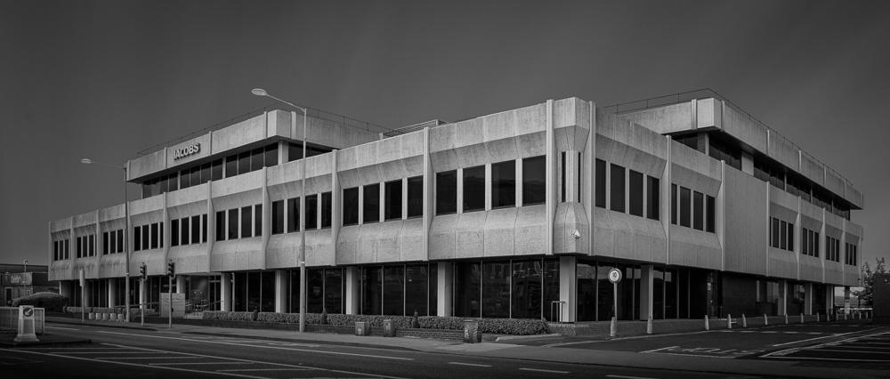 Merrion House | Merrion Road | David Keane, 1977  #dublin #dublin4 #merrionroad #20thcenturyarchitecture #modernism #brutalism #brutalist #sosbrutalism #brutalmonday #concrete #davidkeane #ThePhotoHour