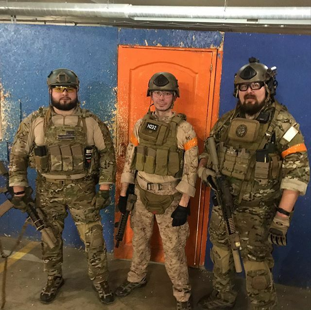 2 пельменя и креветка  #airsoft #bbwars #airsoftgameplay #airsoftaddict #airsoftporn #tacticool #airsoftrussia #airsoftgun #airsofter #pewpewlife #airsoftwar #operator #airsoftextreme #airsoftplay #airsoftgame #milsim #milsimlife #страйкбол #страйкболпит… https://ift.tt/37a8UBFpic.twitter.com/2cY4UelrRx