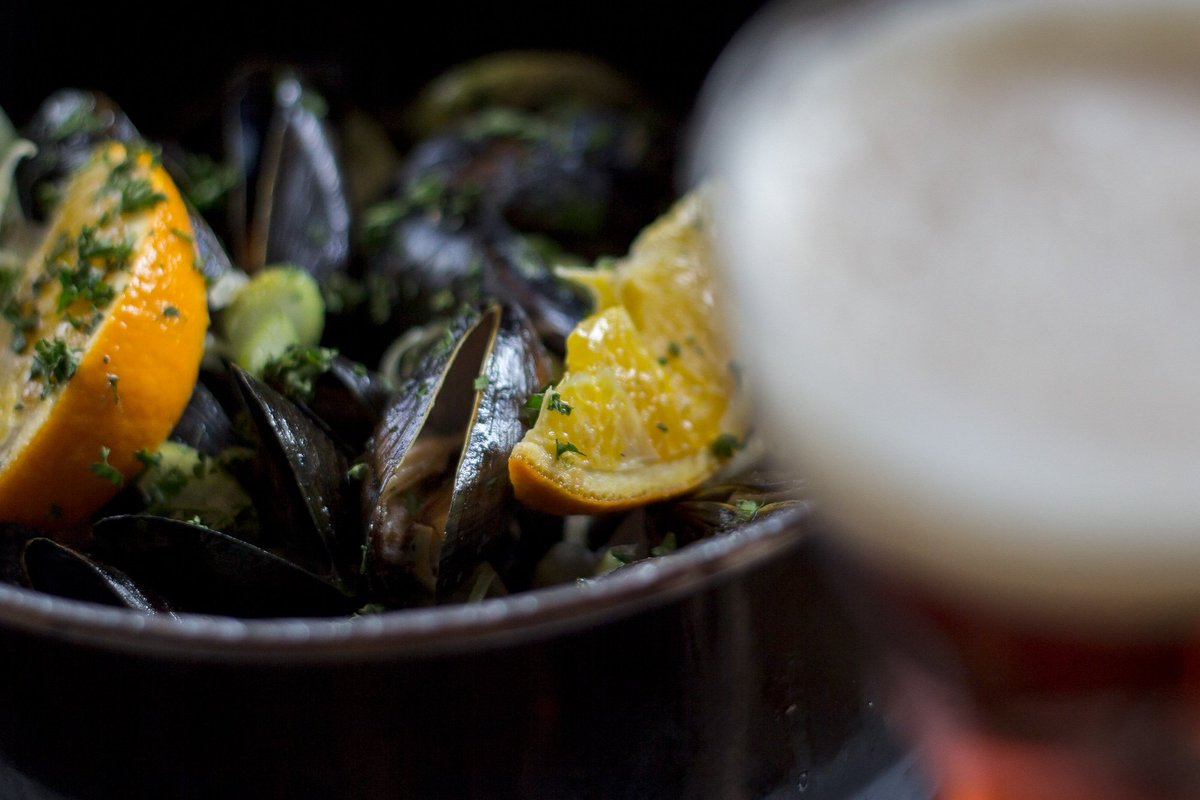 """OUR NEW KWAK BEER MUSSELS - ONE OF OUR 6 FRESH MUSSEL DISHES A wise Belgian once told us... """"Your mussels are better than in Brussels"""" #moulesetfrites #freshmussels #seafood #belgianfood #hampshire #portsmouth #southsea #huissouthsea"""