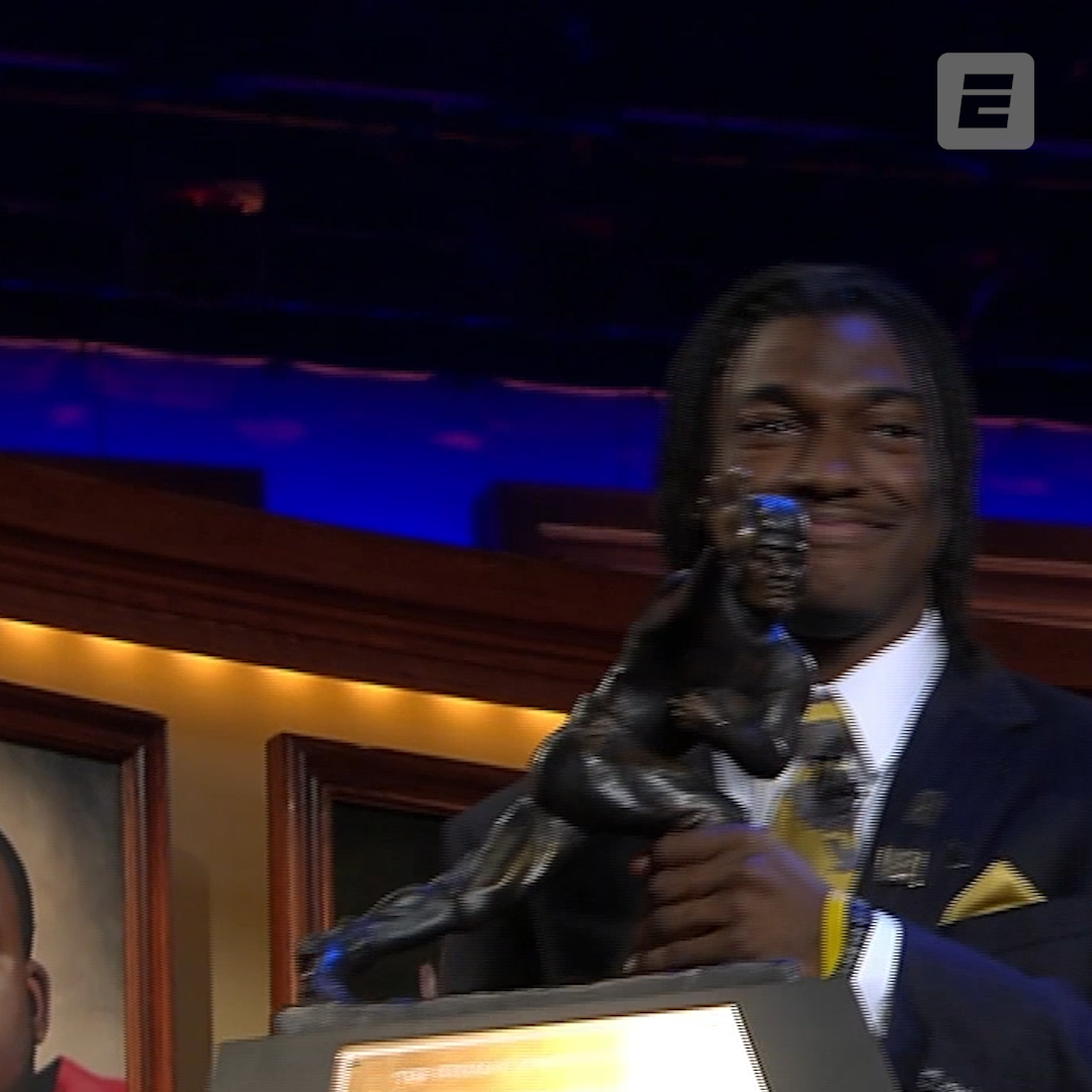🏆 4,293 passing yards 🏆 699 rushing yards 🏆 47 total touchdowns Theres a reason why RG3 won the Heisman in 2011.