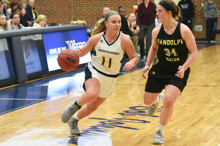 Shenandoah Women's Basketball Upends Emory & Henry, 63-56, In #ODAC Action gowasps.com/x/xcgvx