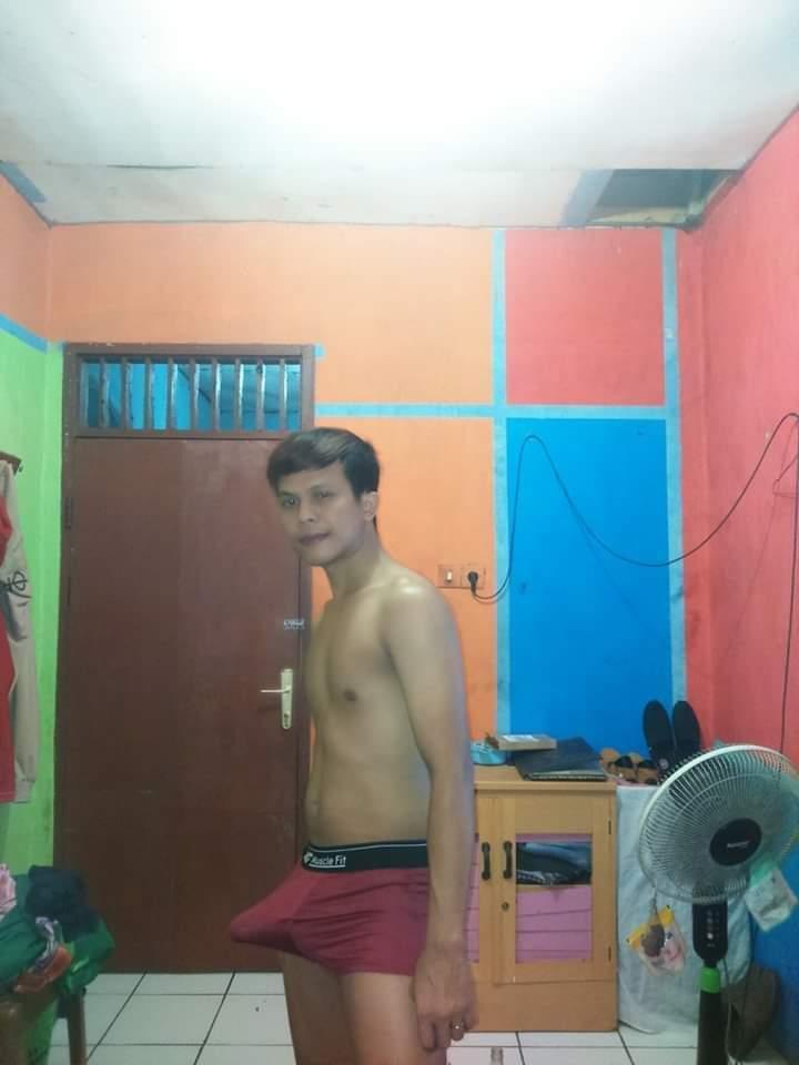 Udah tegang nih,, ada yang mau ngangkang..?? #gayindonesia #gay #gayinstagram #gayindo #gaylokal #lokalhangat #ngeue #croots #brondong #brondongcakep #brondongmanis #brondongsange #brondongkontolgede #coli #crotttttttaahhhhhh #gayindopic.twitter.com/1QJNfCyjHb