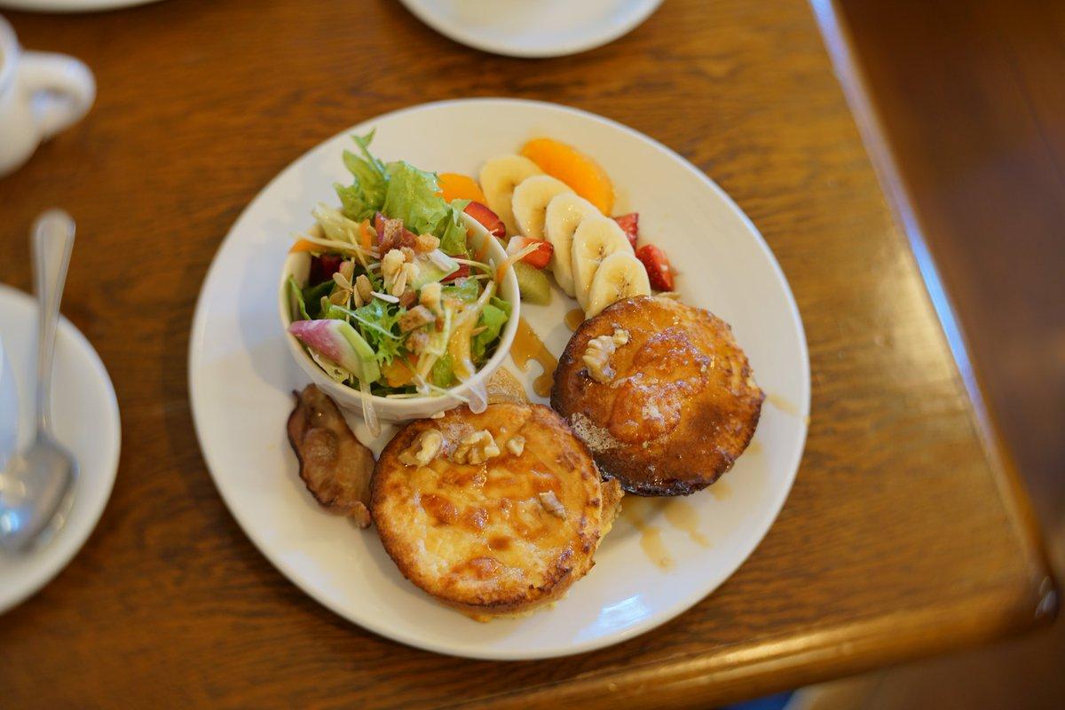 小石川植物園の後の、3時のおやつはヤッパリここ♪~ #フレンチトースト #KNETEN