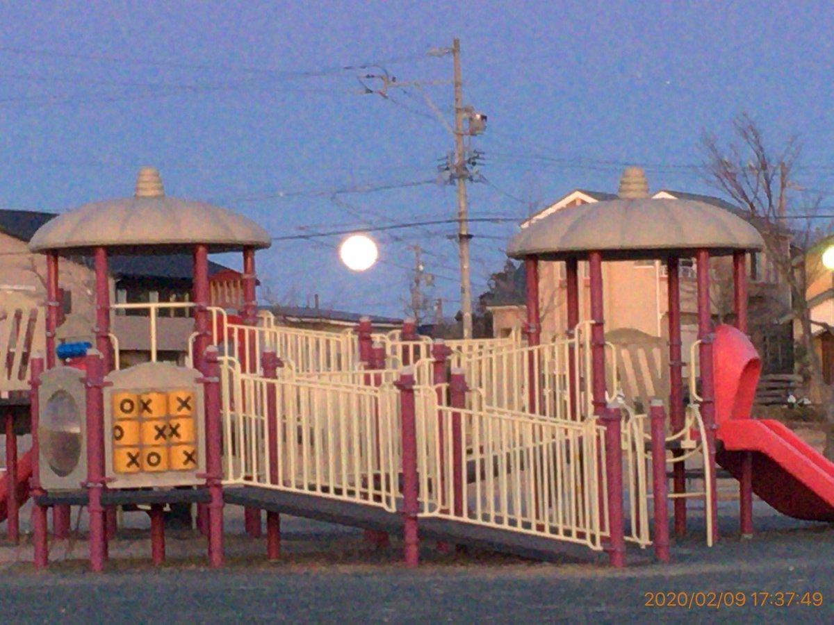 お月さま #月 #三日月 #満月 #星 #星空 #星景 #星景写真 #いまそら #イマソラ #自然 #天の川 #今日の空 #ファインダー越しの私の世界 #sky #moon #moon_of_the_day #moonporn #moonpics #moon_shots #moon_awards #moon_magic #instamoon #lluna #starrysky #starrynightpic.twitter.com/UJ32994V1v