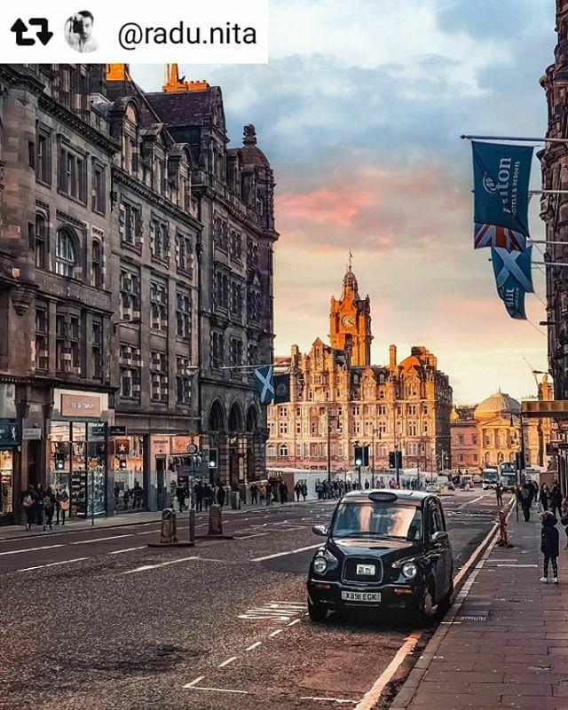 #Repost @radu.nita with @repostsaveapp ・・・ Postcard from Edinburgh . . . #edinburgh #edinburghscotland #brexit #edinburghcity #edinburghsnapshots #citypicz  #globe_visuals #ig_romania #earth_shotz #creatorswillcreate #liveoutdoors #ig_captures #natge… https://ift.tt/39oujbYpic.twitter.com/JPtyaKQi8H