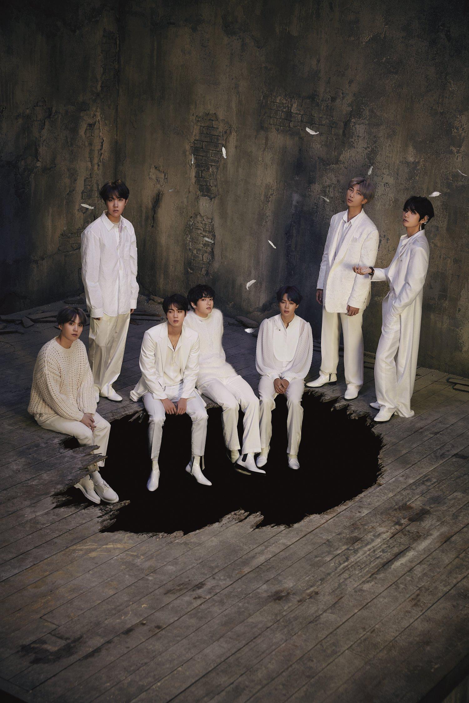 BTS Rilis Konsep Foto Pertama untuk Album Baru Map of The Soul: 7 © Big Hit Entertainment