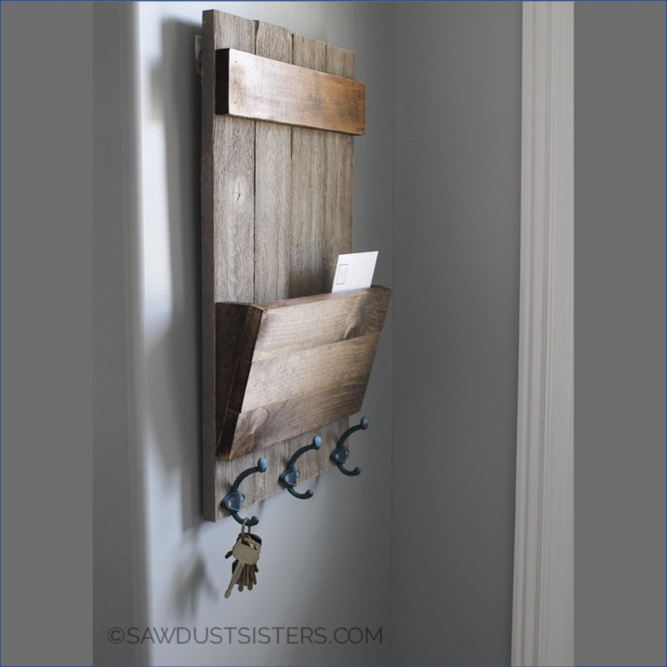 This is a great design from The Sawdust Sisters and easy to produce. A beautiful, functional mini project - https://sawdustsisters.com/wall-key-holder/…  #Osmo #OsmoUK #OsmoOil #DIY #DoItYourself #DIYProject #Wood #WoodWorking #WoodWorkingProject #WoodWorkingUK #WoodCraft #Inspiration #Homepic.twitter.com/KeP5qZuInO