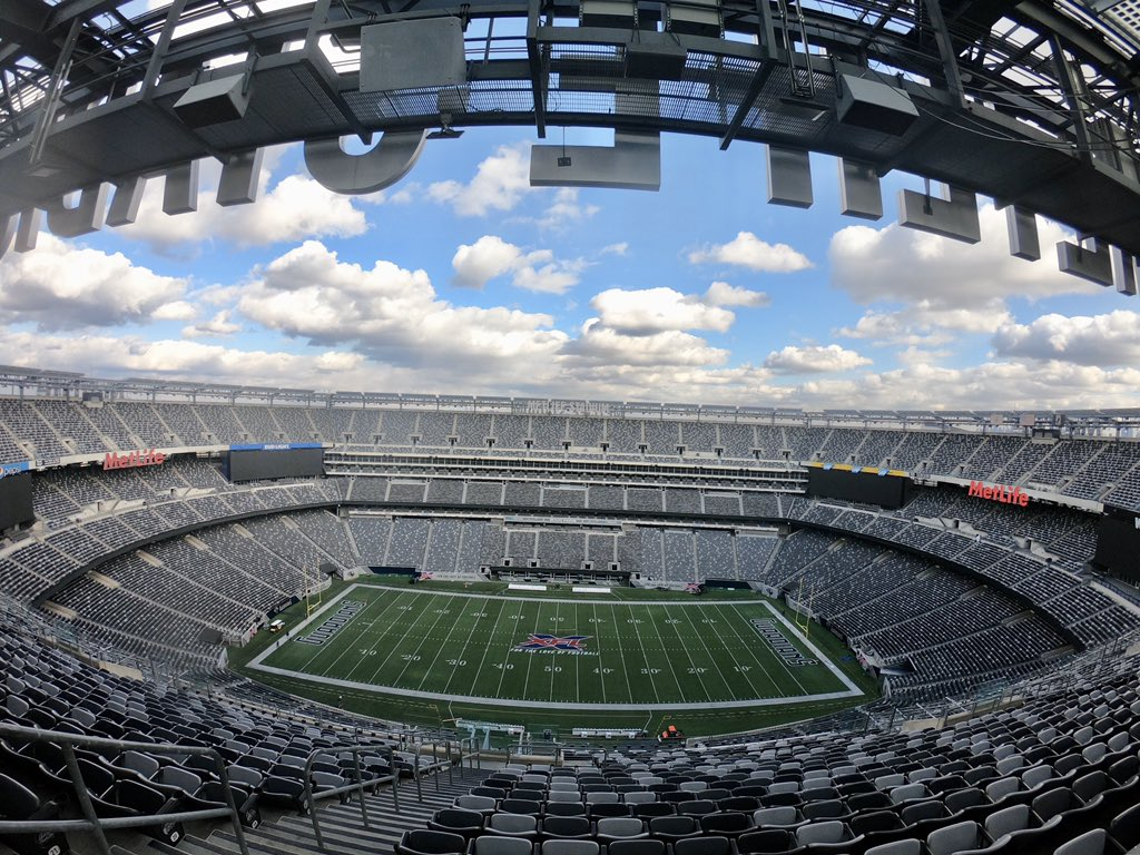 It's officially @XFLGuardians season🔥 🚗: 11am 🚪: 12pm 🏈: 2pm 📶: #MetLifeStadium_Free_WiFi 📝: bit.ly/GuardiansvsVip… Get your last minute 🎟 for today's game at bit.ly/xflguardians! #OnDuty | #ForTheLoveOfFootball