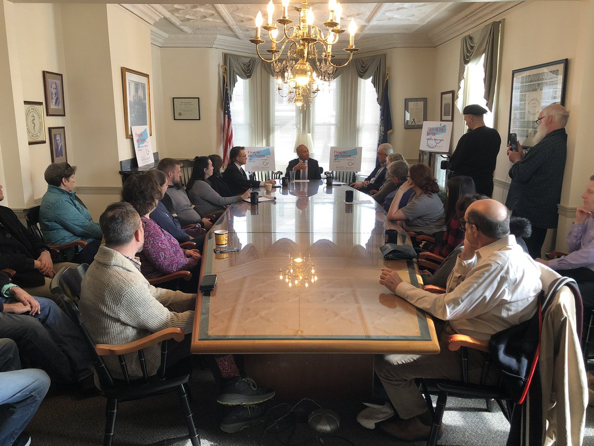 Thank you @DevalPatrick for taking the time to discuss the variety of health care challenges we face during our #FITN Presidential Primary Rounds series #nhpolitics