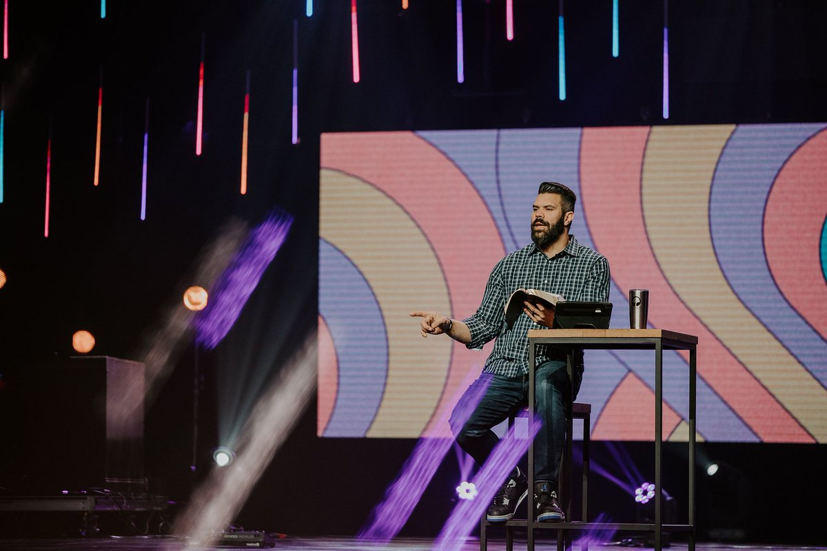 Join us live right now for our last service of the day: http://bit.ly/30NyJoE   @Rgallaty @LHworship   #Nashville #NashvilleTN #HendersonvilleTN #GallatinTN #Livestream #onlinechurch #marriage #relationships #Divorce #womanhood #biblicalwomanhood pic.twitter.com/H719paOqzF