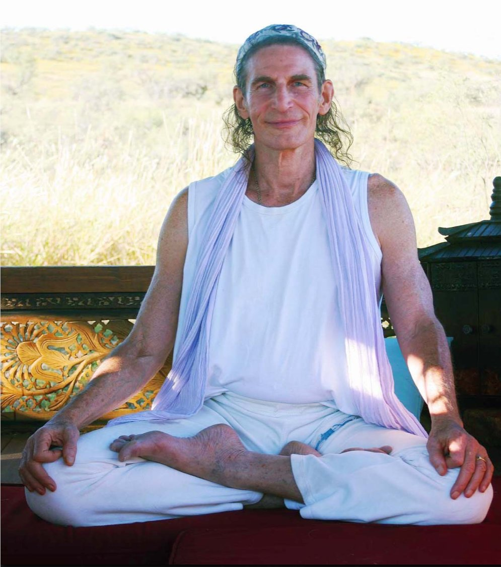 """Patanjali said, """"Yogash citta vrtti nirodha"""", which means, """"Yoga is the cessation of the modifications, or fluctuations, of the mind."""" Full article at: https://zcu.io/R3Dv   #KundaliniAwakening at our 3-Day #HolisticLiberation #Meditation Intensive: https://zcu.io/JR1Ipic.twitter.com/HE5TXpp3BV"""