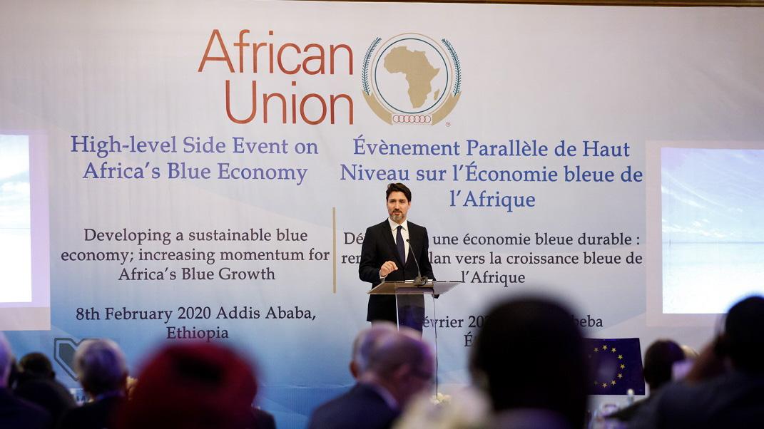 Quand on parle d'économie bleue, on parle d'exploiter le potentiel de nos océans, mers, lacs et rivières de manière durable. En Éthiopie, le PM Trudeau a souligné l'importance de travailler ensemble à protéger nos océans et à bâtir des économies fortes pour l'avenir.