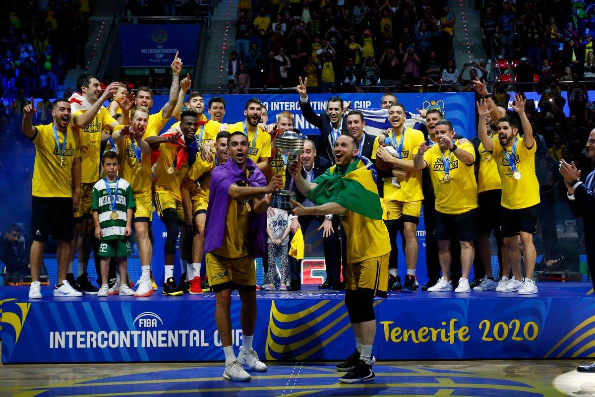 [CRÓNICA] El @IBEROSTAR Tenerife, ¡bicampeón de la #IntercontinentalCup! ➡️   🔘 El equipo aurinegro conquista su segunda corona mundial de la @FIBAIC , tras tumbar a la potente @Virtusbo en otra noche mágica  💛🖤 #VamosCanarias #ElLatidodeNuestraHistoria