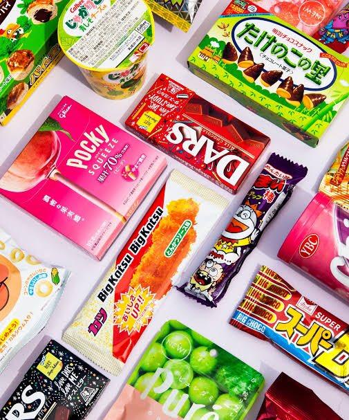 #Concours #giveaway   Gagnez un lot de #friandises #japonaises (#kitkat #pocky...) !  Pour participer : - inscrivez-vous au compte @Lecoachjp  - Retweetez et likez le concours - Envoi direct du #Japon, résultat le 21 février 2020 !  #bonbon #snack #chocolat https://t.co/BTY43Wa4HX