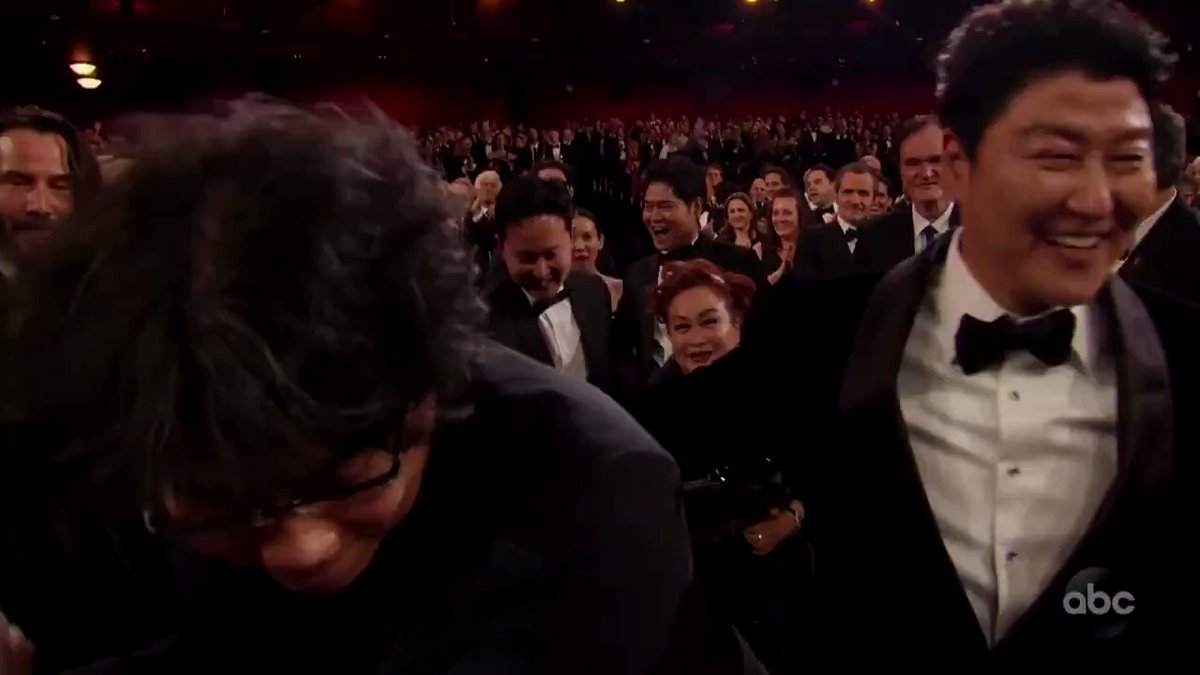 History has been made. #Parasite has just become the first non-English-language best picture #Oscars winner. Watch the cast and crew receive a standing ovation