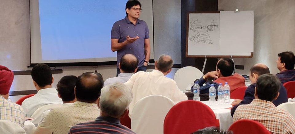 Business meet in Mumbai.  Interaction with JRL associates on Brand Building, JRL unique investment strategies and Union Budget 2020.  @JrlMoney @Jrladdhafinance #Investment #unionbudget2020 @vijaimantrimf https://t.co/qv6EK627UK