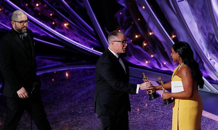 #Oscars  El premio a la mejor película animada fue para #ToyStory4 #JoshCooley pic.twitter.com/j7GwypaI6v