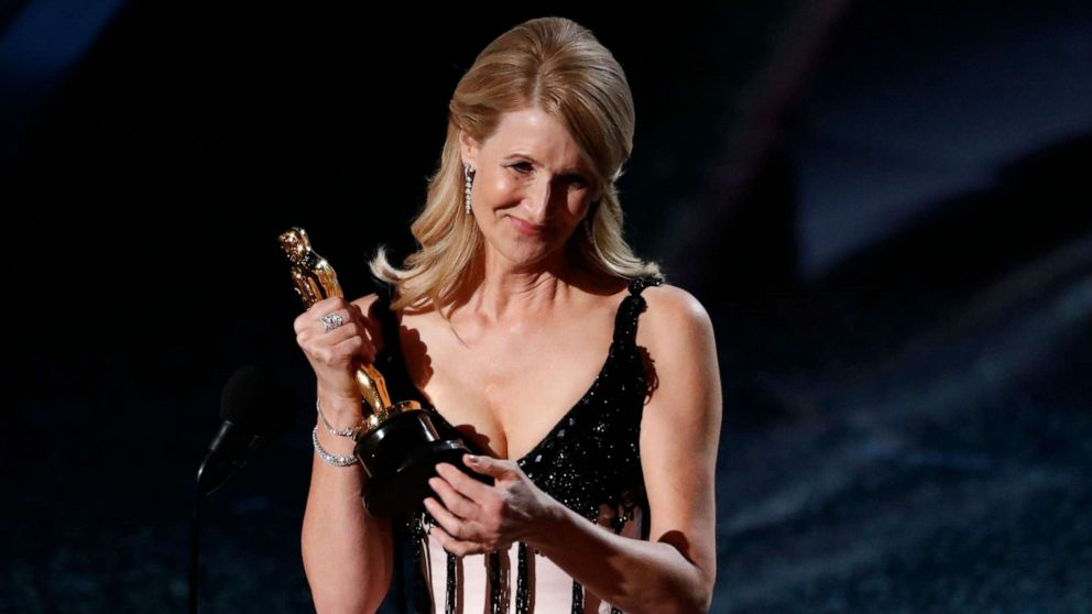 Laura Dern wins Best Supporting Actress Oscar for Marriage Story!! Loooove her!    #LauraDern #MarriageStory #academyawards2020 #BestSupportingActress #Oscars #OscarSunday #Oscars2020 #AcademyAwards #Awards #Awardshows #cinephile #filmbuffpic.twitter.com/YMESkU6NMA