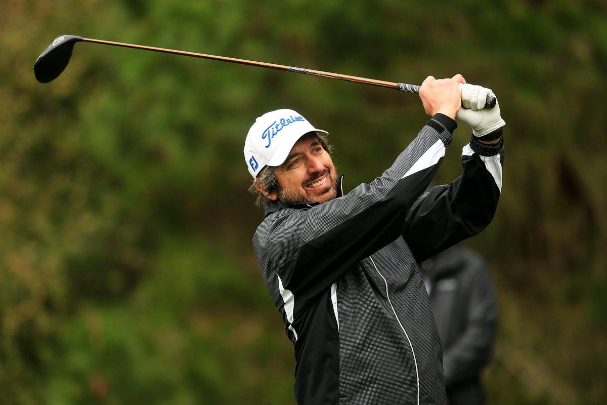 Saturday: Golf at Pebble Beach Sunday: Presenting at #TheOscars Have a weekend, Ray Romano. ⛳🎥