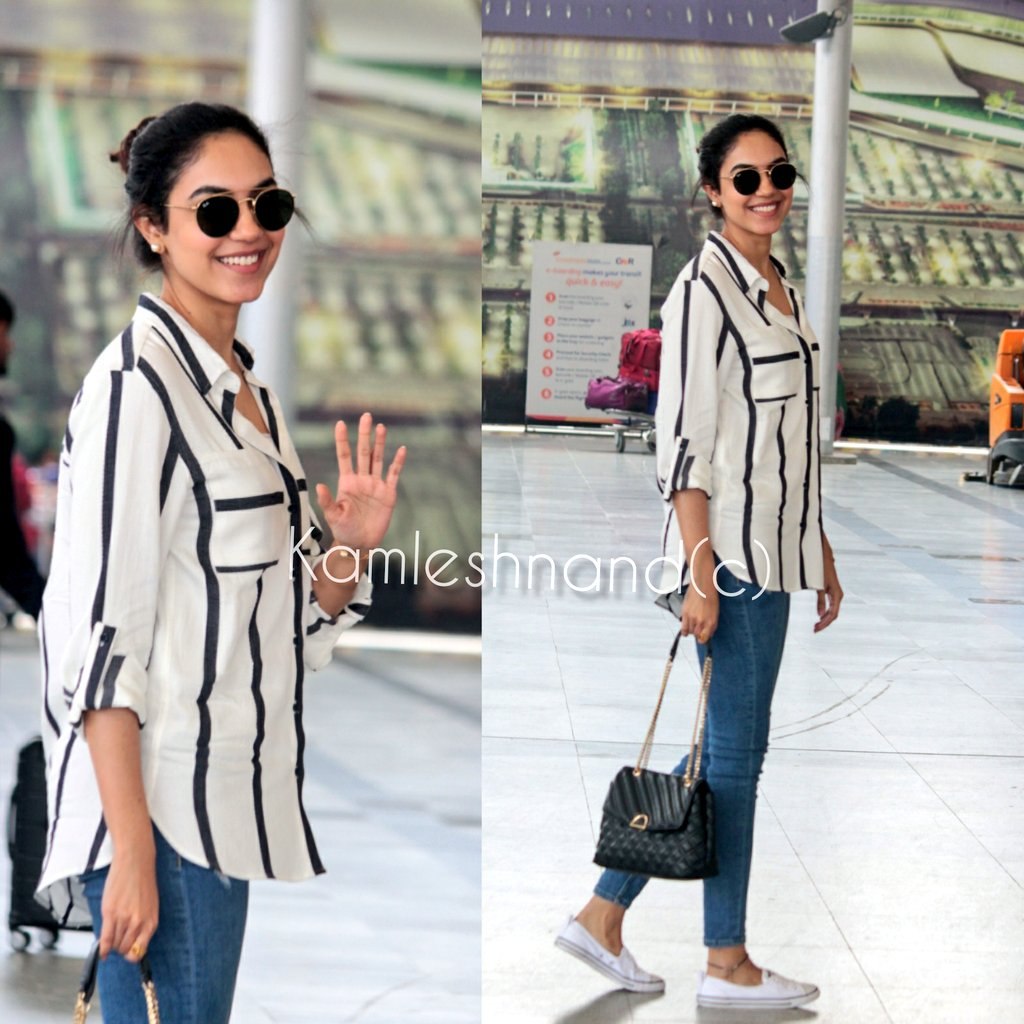 Fav since #pellichoopulu  Pretty #rituvarma papped at rgia @kamlesh_nand @riturv #Tollywood #actress #southpaparazzi pic.twitter.com/M7554J9JKf