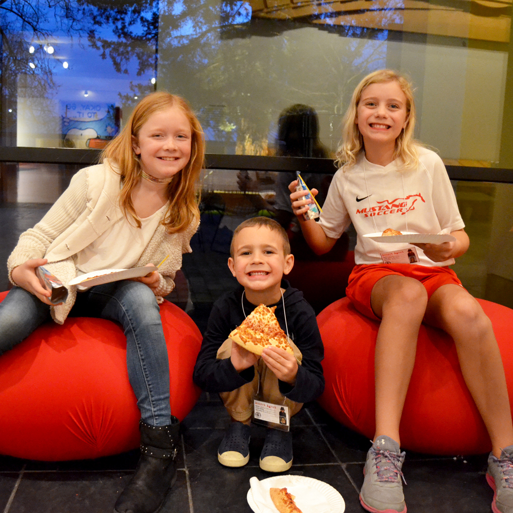 Kids Night at the Schulz Museum on 2/22/2020! The after-hours fun includes pizza, games, art, crafts, and cartooning followed by an animated Peanuts short on the Museum's big screen. This event is recommended for ages 5–10. For more info: bit.ly/31N3viI 🍕🍕🍕