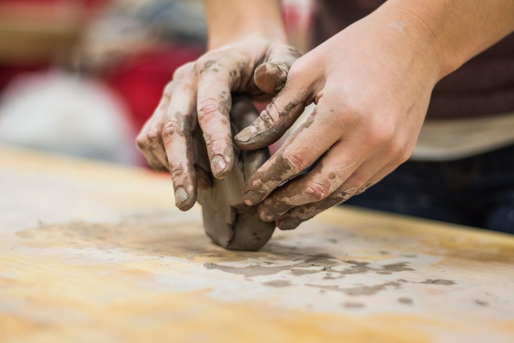 Come and get your hands dirty this half term! Take inspiration from the abundance of funny faces at Charlton House and create your own masterpiece to take home. greenwichheritage.org/whats-on/detai…