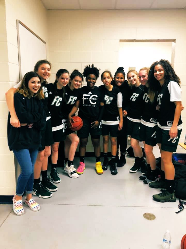 Our Varsity Girls played tough on Saturday but couldn't pull out a win against a solid O'Neal squad, 57-35.  Congrats to our VG on a very solid season and making our first VGBB Quarterfinal in school history!  #RiseUp <br>http://pic.twitter.com/bTiBoZmOOC