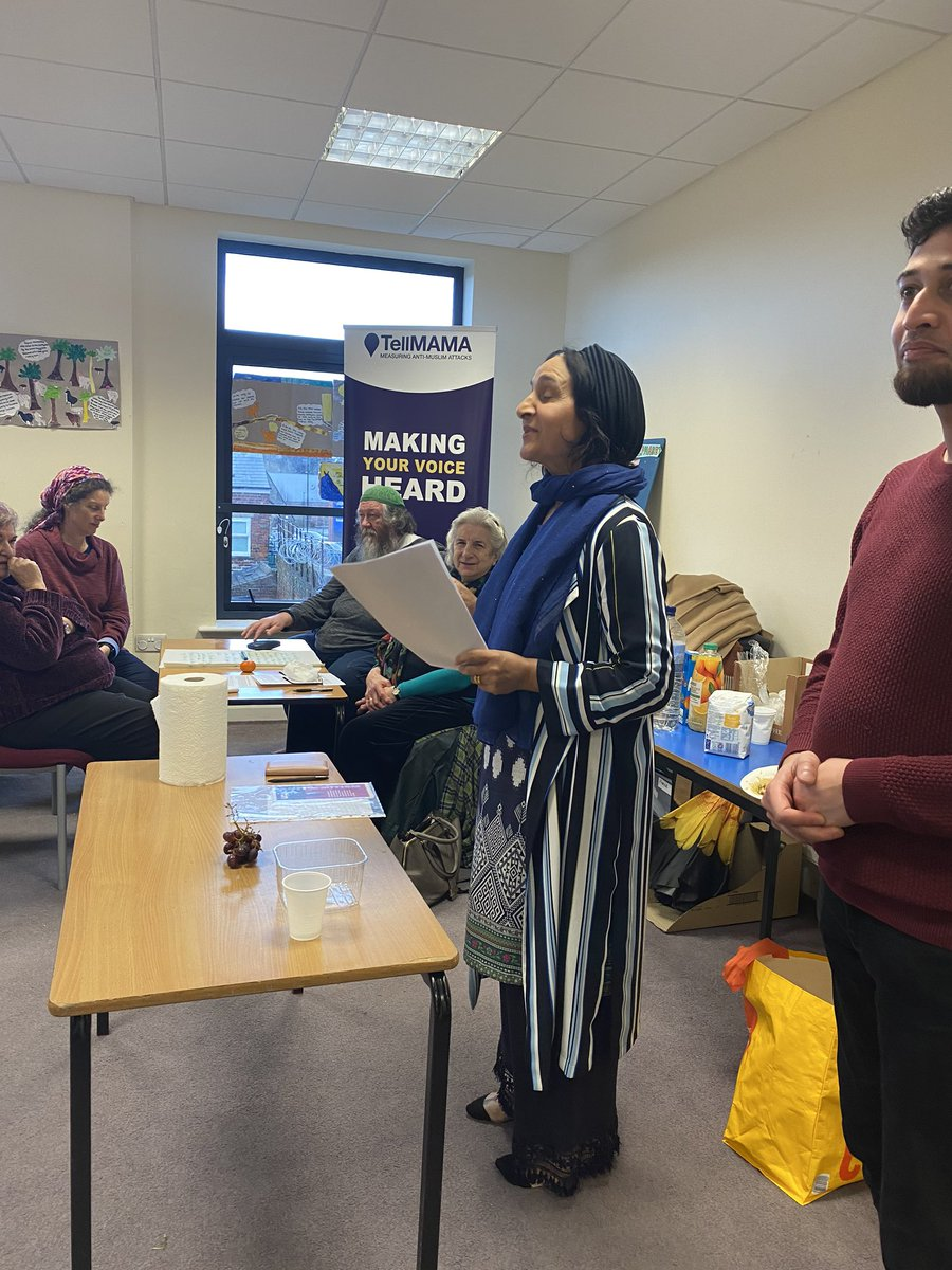 Visit TellMama on Facebook - https://goo.gl/VlXYS3  RT TMno2hate: .TellMamaUK engaging with faith communities to tackle anti-Muslim hate & anti-Semitism. We have more in common that divides us. #No2H8 pic.twitter.com/G5XPvw1rIA #Bluehand #NewBluehand
