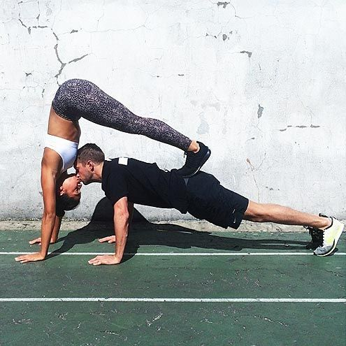 Kisses are fun in any position! http://Sexycises.com The ULTIMATE #CouplesYoga #Sexycises #CouplesPartner #PartnerYoga #PartnerWorkout #PoseOfTheDay #Yoga #MondayMood #MotivationMonday #MondayMotivationpic.twitter.com/wekRD1W6Y2