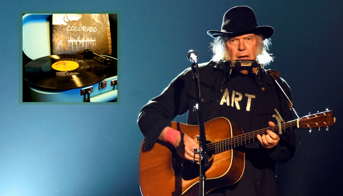 All this week on Decade Of Difference we have your chance to win a signed copy of @Neilyoung's new LP Colorado - plus a turntable to go with it! Visit http://www.wnrn.org  for details and tune in at 7:50 & 8:50am every day for your chance to win!pic.twitter.com/CW5CsmggkQ