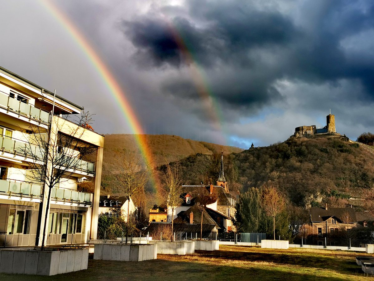 Rainbows are supposed to bring good luck, right?  I wish to hear something from Ghost soon and that Cardi will stay with us.   What do you wish for? #thebandghost #cardinalcopia #tobiasforgepic.twitter.com/5XQV0mBu3M