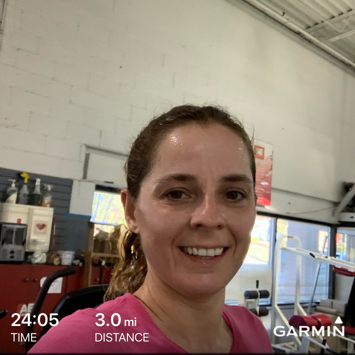 Another athletic start to the day for us  #ellipticalworkout #treadmillworkout and #legday  Follow my blog  http:// apb-tri.com      #ironmantraining #trilife #triharder #triathlete #triathlon #triathlontraining #twhywetri #run #runner #running #marathontraining #kidsworkout<br>http://pic.twitter.com/XuHVE7Wgfj