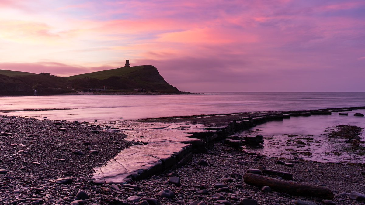 My entry for #WexMondays and #fsprintmonday for this week (first time in a while!)  Taken last Friday in Kimmeridge Bay on the #JurassicCoast in #Dorset. Such a beautiful #sunrise, no better way to start the day!  #landscapephotography #landscape #ukpotd #picoftheday #pink