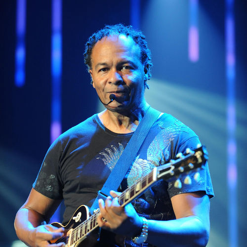 Now Playing Is Ghostbusters by RAY PARKER JR. Visit Us At http://Awfullyawesomeeighties.com pic.twitter.com/SG5PxeV0FA