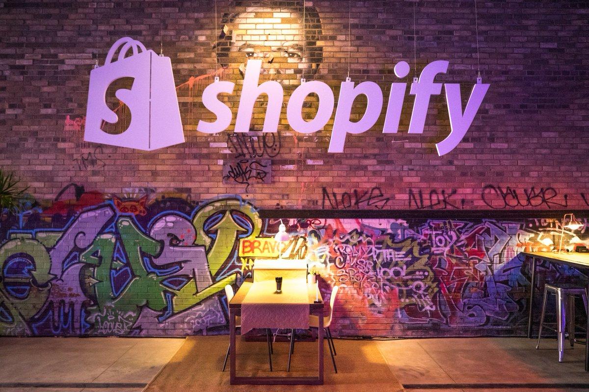 $SHOP Shopify Reports its First Ever Quarterly Profit, Sending Shares Soaring http://bit.ly/2OSaCBg #ad #wsj #nytimes #business #reuters #forbes #nasdaq #cnn #bet #foxnews #latimes #usatoday #realdonaldtrump #investiingcom #barronsonline  #IBDinvestors #BW #cnnmoneyinvest #ESPNpic.twitter.com/JCMzcTMti7