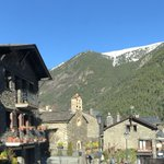 Image for the Tweet beginning: Andorre a différents villages avec
