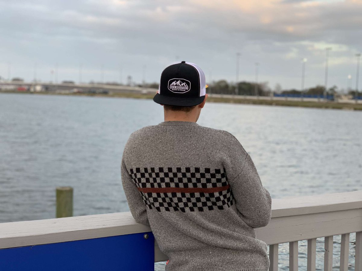 Daytona.  That is all.   CC: @DISupdates @RuckIndustries @globebrand #Daytona500pic.twitter.com/YvT32GC13t