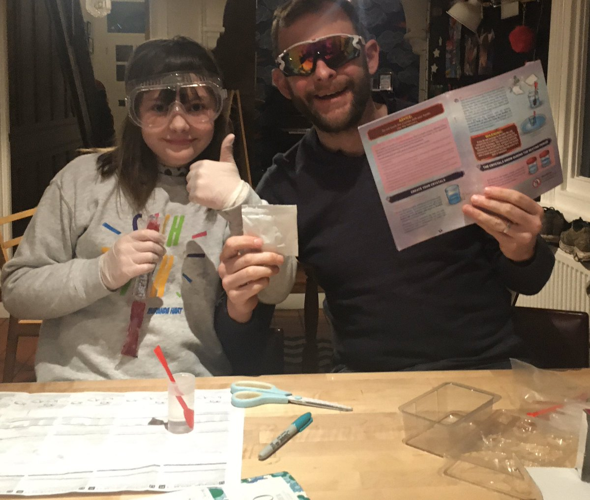 It's #science night. Making crystals with Mollie. I'm using improvised goggles, just to be sure you understand  pic.twitter.com/RHf0MUlw1W