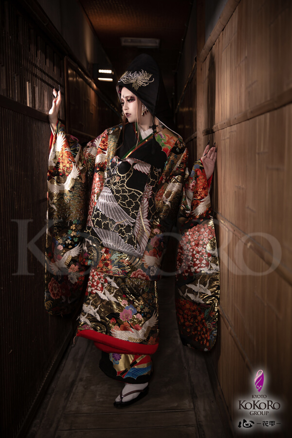 舞妓体験 花魁体験スタジオ 心 -花雫-のフォトブログを更新しました(。-`ω-) 素敵なキャンペーンプランとなっておりますので、是非皆様ご体験くださいませ♪明日からご体験頂けます!!  #夜狐の愁い #狐の嫁入り #京都 #心花雫 #変身写真