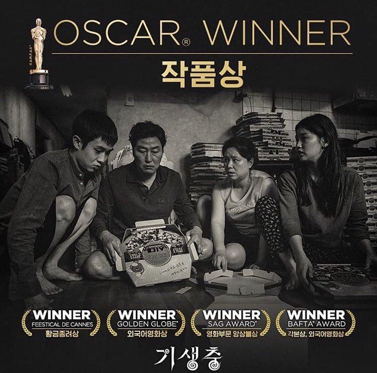 """"""" Tamam iyi de o kadar da iyi film""""  değil diyen Ömür Gedik hanımefendiye elden ele iletsek mi😉 #ParasiteBestPicture #Oscars2020 #festivaldecannes2019  #GoldenGlobes  #SAGAwards #BAFTA https://t.co/5wj7Jd0r6a"""