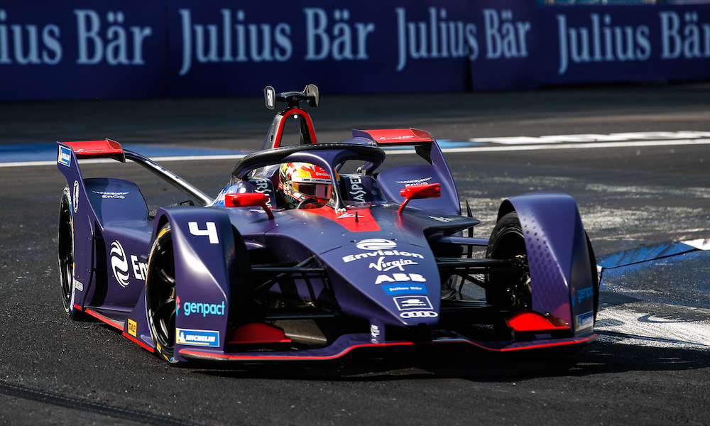 """⏱ RECORD SPEEDS? @RFrijns expects @FIAFormulaE cars to be """"on the limit"""" with new top speeds possible in the #MexicoCityEPrix ➡️ https://t.co/lbvGBR8xtK @EnvisionVirgin @MahindraRacing @thereal_JDA https://t.co/zvQBVSCmCI"""