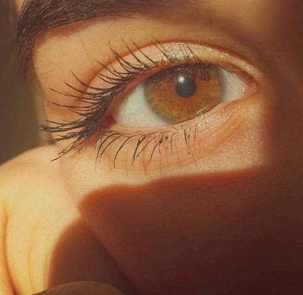 brown eyes are so beautiful ♡♡