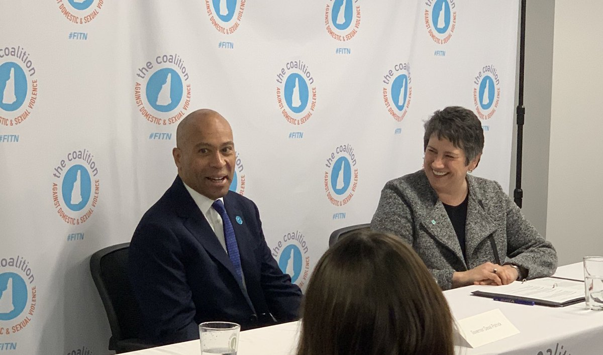 Of all the events I've been to so far in NH, I've learned the most about a candidate at the Coalition Against Domestic & Sexual Violence event with @DevalPatrick. Really engaging conversation, thoughtful questions. #FITN