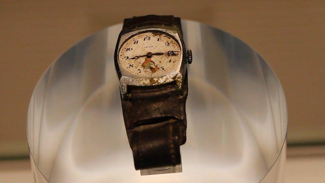 Qué historia hay detrás de este reloj? Te lo comentamos en el último vídeo  🇯🇵🚄🏝️⛩️🦌🏔⛴🏯☮️🍣 🥢 #Viajes #Hiroshima #Miyajima #gastromia #Paz  #PazNoGuerra #isla #Japon #senderismo