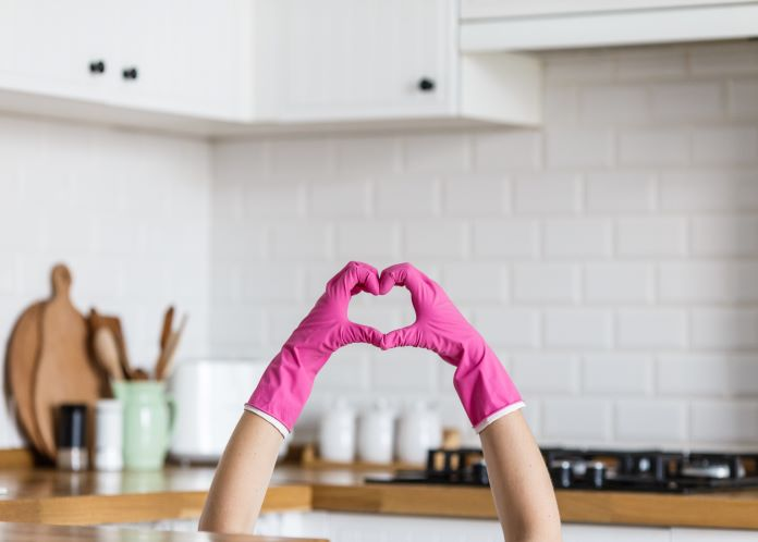#Competition: Squeaky clean dishes with one of our favourite brands, Ecover. No animal testing, suitable for sensitive skin and comes in a 100% recycled and recyclable bottle. Good luck! https://t.co/Zs2a9kaggN #Prizedraw #Win https://t.co/ISlmlk08Z3
