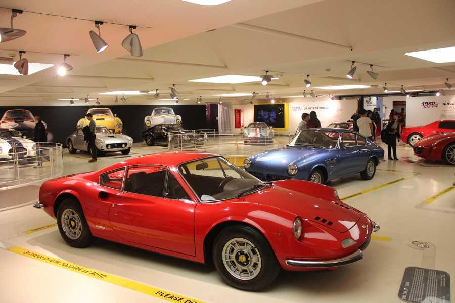 #motori e #velocità: passione emiliana  Da oggi puoi acquistare anche online la tua esperienza mozzafiato nella terra delle auto sportive: https://www.emiliaromagnawelcome.com/attivita/289929/velocita-una-passione-tutta-italiana…  #turismoRE, #madeinItaly | #visitEmilia, #ItalianLifestyle | #stileitaliano | #inEmiliaRomagnapic.twitter.com/SwORoyb3vs